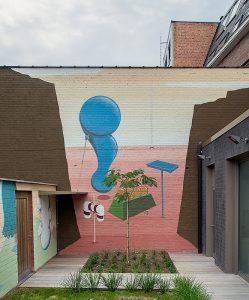 Muurschilderij in de binnentuin van het crisisopvangcentrum van CAW, Herverlee
